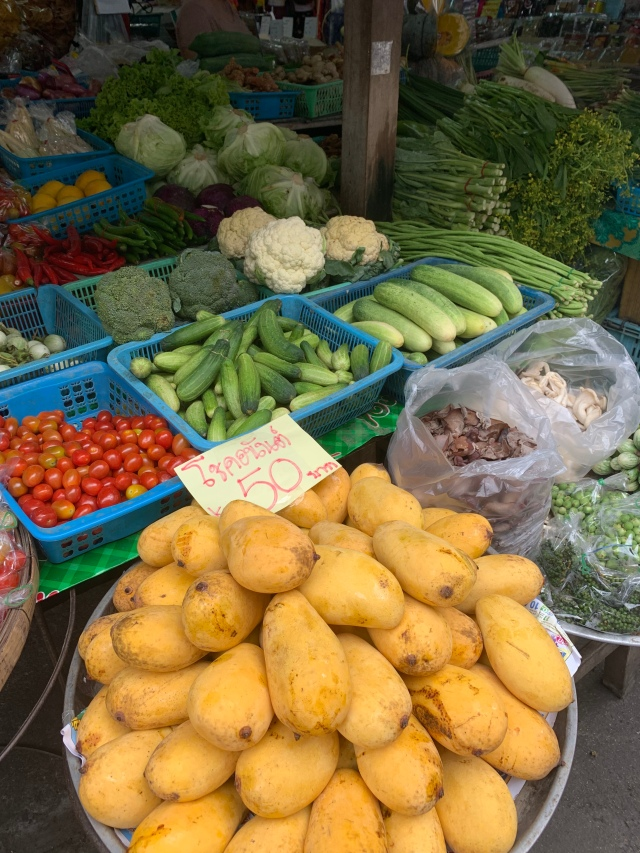 Visiting the local market in Chiang Mai, Thailand with Cookventure