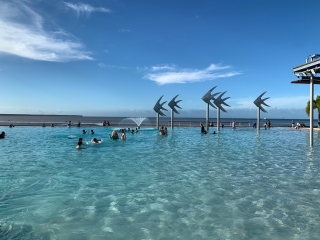 Cairns city center swimming pool on the ocean